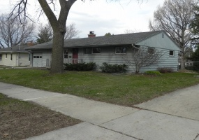3 Bedrooms, Home, For Sale, Piper Drive, 1 Bathrooms, Listing ID 1021, Madison, Wisconsin, United States, 53711,