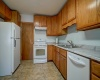 4 Bedrooms, Home, For Sale, West Lawn Avenue, 1 Bathrooms, Listing ID 1035, Madison, Dane, Wisconsin, United States, 53711-1954,