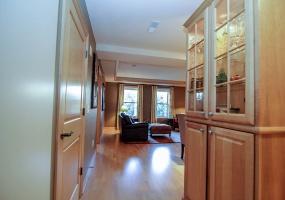 1 Bedrooms, Condo, For Sale, The Loraine  , W Washington Avenue #407, Fourth Floor, 2 Bathrooms, Listing ID 1002, Madison, Dane, Wisconsin, United States, 53703,